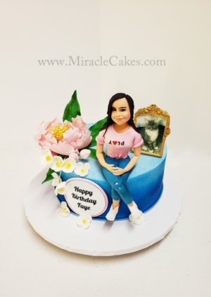 Birthday cake with a personalized topper