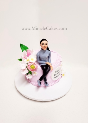 Birthday cake with a personalized figurine