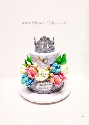 A cake with sugar tulips